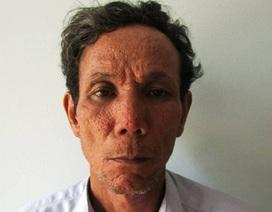 Tuyên 12 năm tù cho nghịch tử đánh chết mẹ già 86 tuổi bị liệt hai chân