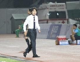 Vì sao CLB TPHCM tiếp tục kiên nhẫn với HLV Miura?