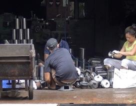 Nhức óc vì tiếng ồn của 2 xưởng cơ khí bao vây khu dân cư