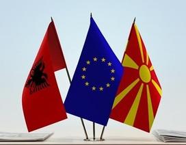 EU sẵn sàng đàm phán kết nạp Albania và Macedonia làm thành viên