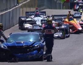 Phó chủ tịch GM lái siêu xe gây tai nạn trên đường đua Indy 500