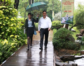 Khách hàng đội mưa giành quyền mua sạch Dragon Village trong đợt 3 mở bán