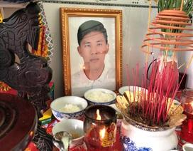 Người mẹ Việt tìm mọi cách sang Mỹ đưa tro cốt con về