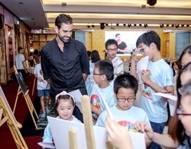 Nhiếp ảnh gia danh tiếng giao lưu tiếng Anh với học viên Việt Nam