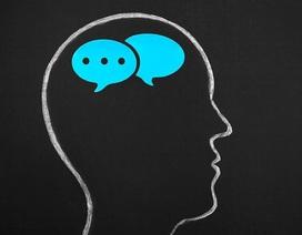 """Tại sao người ta hay thêm """"ừm, à, ờ"""" khi nói chuyện?"""