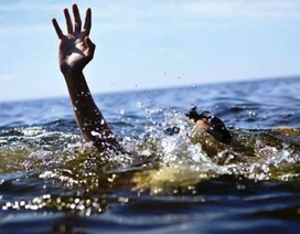 Hai học sinh lớp 1 tử vong khi tắm suối