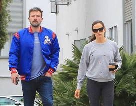 Jennifer Garner và Ben Afleck sống thế nào sau khi ly dị?