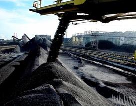 Giá than đá và quặng Trung Quốc về Việt Nam cao gấp 3 lần giá bán đi