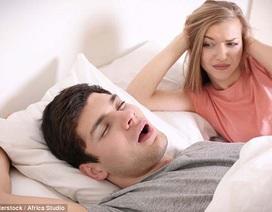 Ngáy to có thể là dấu hiệu sớm của sa sút trí tuệ, rối loạn trí nhớ