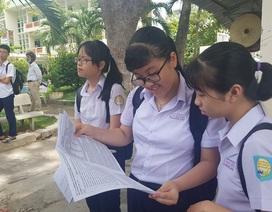 """Khánh Hòa: Phụ huynh như """"ngồi trên lửa"""" vì con trượt lớp 10 công lập"""