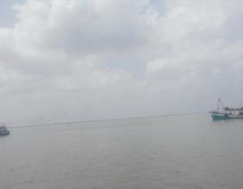 Vùng áp thấp gây mưa giông diện rộng trên Biển Đông