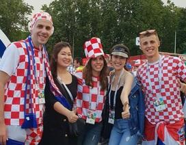 Từ nước Nga: Siêu mẫu Thu Hằng phấn khích khi Croatia đánh bại tuyển Anh