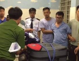 """Đánh sập 2 đường dây ma tuý cực """"khủng"""" ở Sài Gòn, thu 218 bánh heroin"""