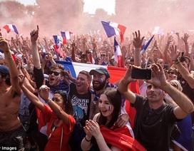 Người dân Pháp tưng bừng ăn mừng chức vô địch World Cup 2018