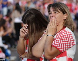 Nỗi buồn của cổ động viên Croatia khi tan mộng vô địch World Cup
