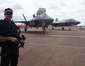 Mỹ biến F-35 thành tiêm kích giá rẻ