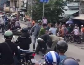 Bị cảnh sát hình sự vây bắt, băng cướp vung mã tấu mở đường tẩu thoát