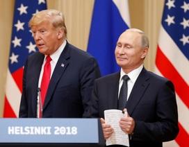 Ngôn ngữ cơ thể của ông Trump và ông Putin trong lần đầu gặp thượng đỉnh