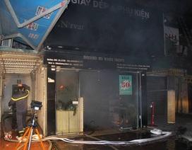 Cháy lớn trong khu tập thể cũ Hà Nội, sơ tán thành công hàng chục người