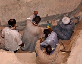 Ai Cập mở nắp quan tài hơn 2.000 tuổi khiến dân mạng nín thở