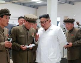 """""""Giải mã"""" cơn giận hiếm thấy của ông Kim Jong-un trong các chuyến thị sát"""