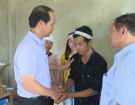 Thăm, tặng quà nạn nhân do cơn bão số 3 tại Thanh Hoá