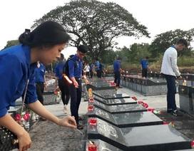 Bạn trẻ đồng bằng sông Cửu Long thắp nến tri ân anh hùng liệt sĩ