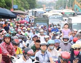 Hà Nội: Quốc lộ 6 tắc nghiêm trọng hàng km