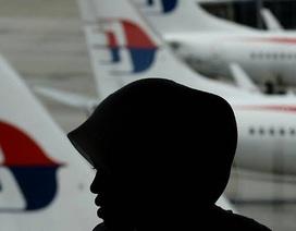 Máy bay MH370 được chuyển hướng bằng tay trước khi mất tích