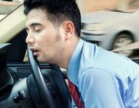 Bạn có biết cách tránh buồn ngủ khi đang lái xe?