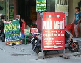 """Sinh viên """"dạt nhà"""" ra quán nước, nhà nghỉ tránh nóng kỷ lục ở Hà Nội"""