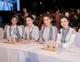 Hoa hậu Kỳ Duyên, Ngọc Hân tặng sách quý đổi đời ở Nha Trang