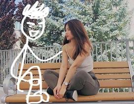 """Nữ sinh xinh đẹp khoe ảnh chụp với """"người yêu tưởng tượng"""" gây sốt mạng"""