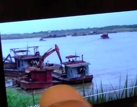 Tàu của Cục CSGT xuất hiện trong clip cát tặc lộng hành