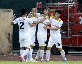 Thua SL Nghệ An sân nhà, Nam Định trở lại vị trí áp chót V-League