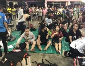 Hai tàu du lịch liên tiếp lật ngoài khơi Thái Lan, hàng chục người mất tích