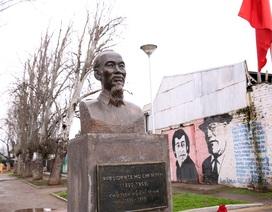 Người dân Chile gìn giữ công viên Hồ Chí Minh như một biểu tượng!