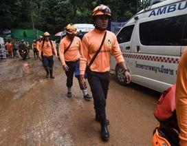 Thái Lan bắt đầu chiến dịch đưa đội bóng bị mắc kẹt ra khỏi hang