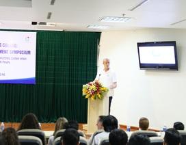 BS New York giúp BS Việt Nam phẫu thuật thay khớp vai toàn phần lần đầu tiên