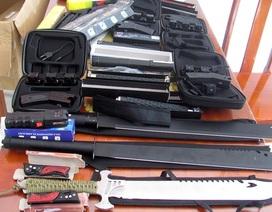 Một công ty giao hàng giao nộp nhiều vũ khí nóng