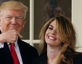 Cựu giám đốc truyền thông xinh đẹp của ông Trump sắp trở lại Nhà Trắng?