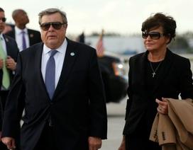 Bố mẹ vợ Tổng thống Trump được cấp quốc tịch Mỹ gây xôn xao