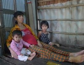 Mẹ nghèo mong có vài triệu đồng để cứu đứa con trong bụng