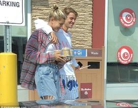 Justin Bieber đưa vợ sắp cưới về quê ra mắt bạn bè