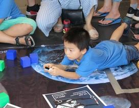 Học sinh Hà Nội thích thú trải nghiệm ngày hội khoa học tại trường Ams