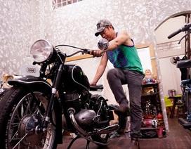 Kỳ công với niềm đam mê phục chế xe cổ