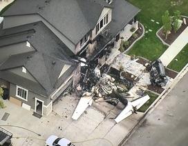 Cãi nhau với vợ, phi công Mỹ lao máy bay vào nhà riêng