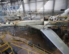 """Bên trong nhà máy sản xuất """"sát thủ diệt hạm siêu thanh"""" của Nga"""