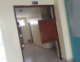 TPHCM: Rà soát gấp nhà vệ sinh trường học