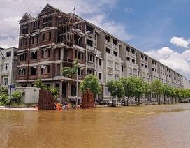 Cách nào để cư dân 'biệt thự triệu đô' Hà Nội vượt mưa lũ?